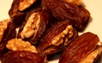 Dates filled with khoya